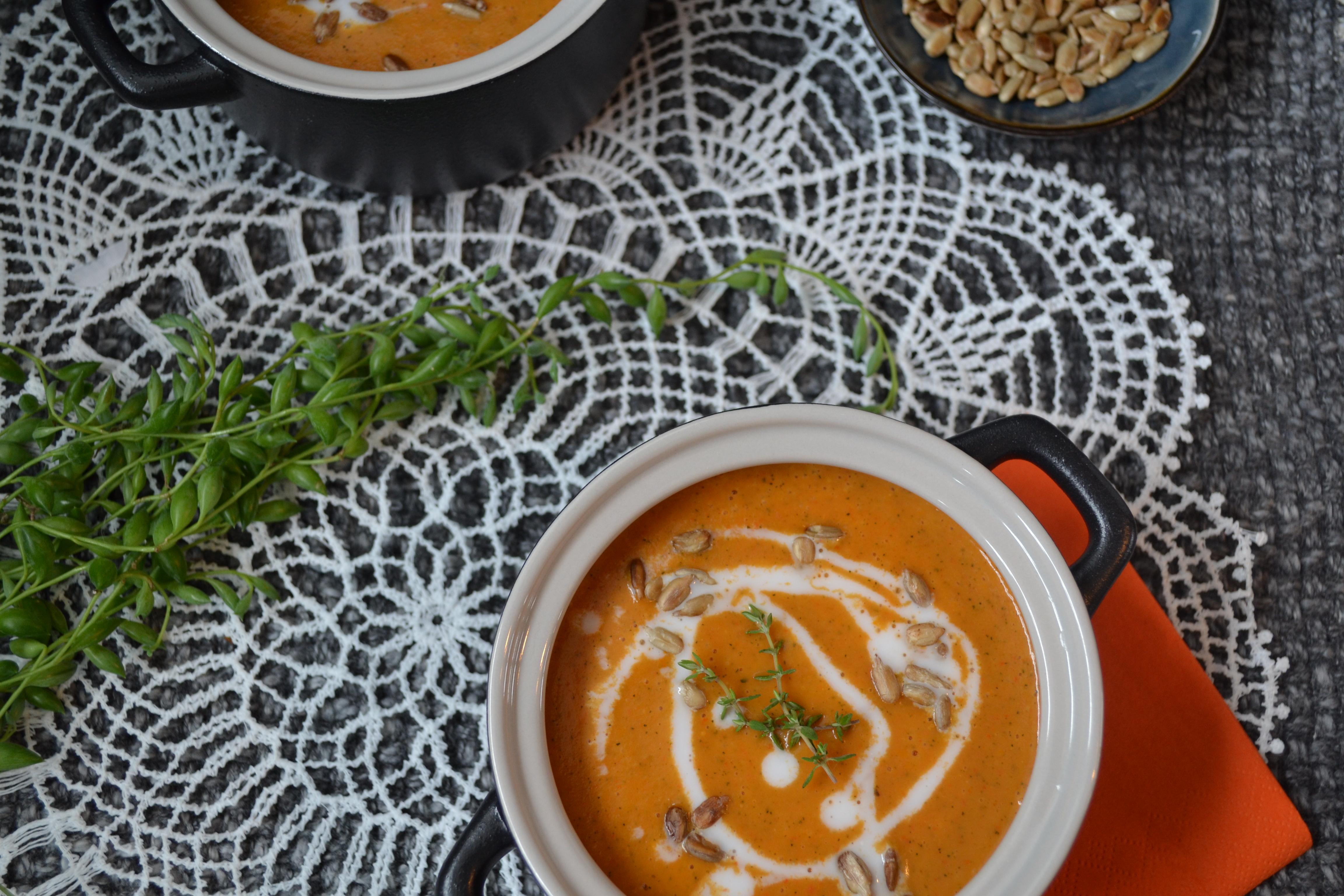 Paprika-Zucchini-Suppe